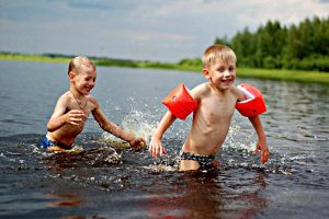 Безопасность купания — сегодня главное