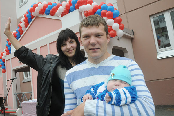 Виктор Назаров предлагает сократить до одного года срок договора найма жилья для сирот