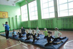 Району — субсидия: школам — окна и мебель