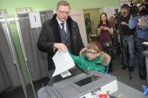 Бурков увеличил число сторонников Путина в Омской области на 15 процентов