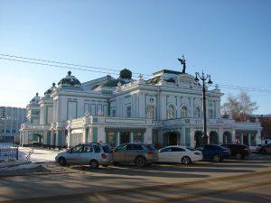 Омский драматический — в интерьере эпох