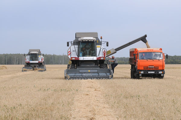 ПОСТАНОВЛЕНИЕ Об утверждении трудового соревнования сельскохозяйственных организаций, крестьянских (фермерских) хозяйств