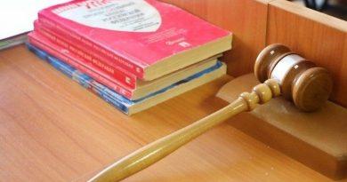 Губернатор одобрил решение комиссии помиловать омича, наказанного за смертельное ДТП